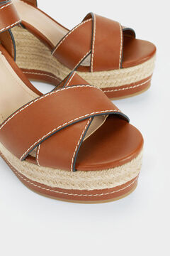 Womensecret Contrast sole wedges brown