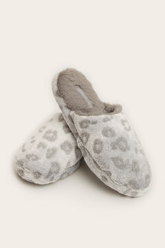 Womensecret Zapatilla casa destalonada animal print  gris