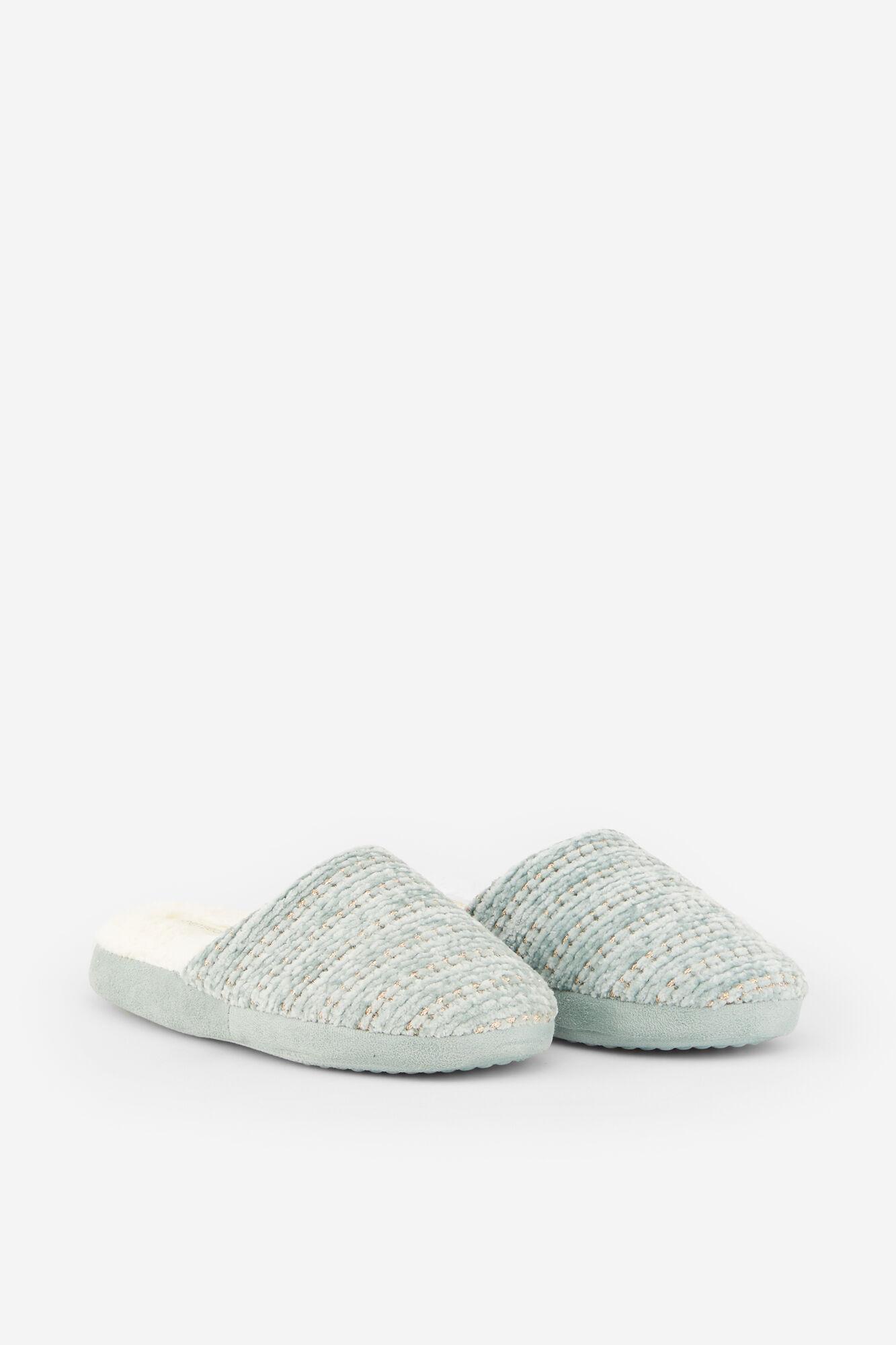140ce1b49e Chenille slippers