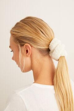 Womensecret Pack of five faux shearling scrunchies beige