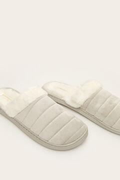 Womensecret Pantoufles grises sans talons fourrure gris
