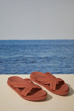 Womensecret Crossover strap sandals red