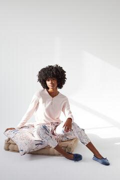 Womensecret T-shirt, Coordonné trousers and slippers set