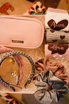 Womensecret Pack de neceser, coleteros, calcetines y diademas