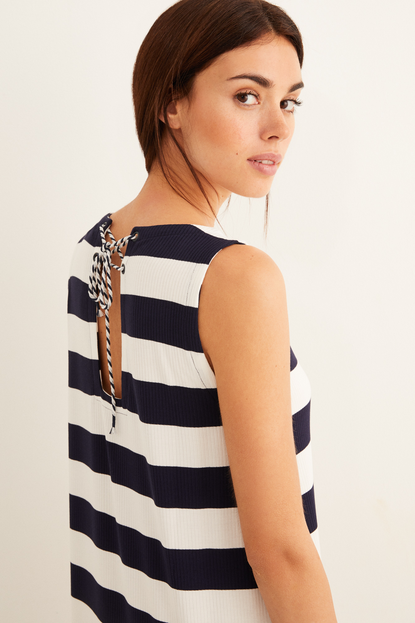 Vestido navy cordón espalda   Beachwear   Women'secret